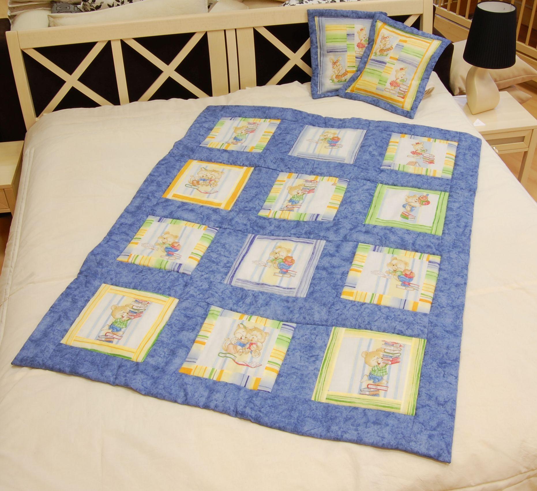 Kék macis foltvarrás takaró