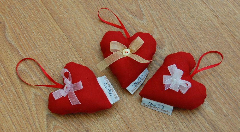 Szívek - piros