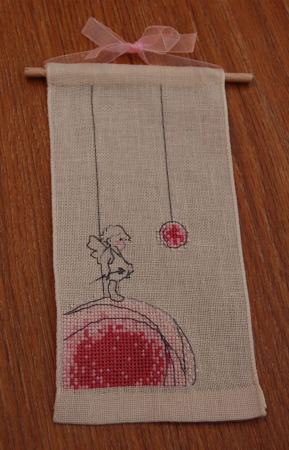 Keresztszemes banner - Rózsaszín anyalok