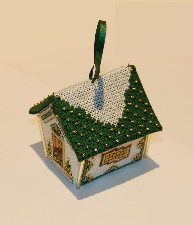 Zöld-arany mézeskalács-házikó - 3D keresztszemes karácsonyi dísz